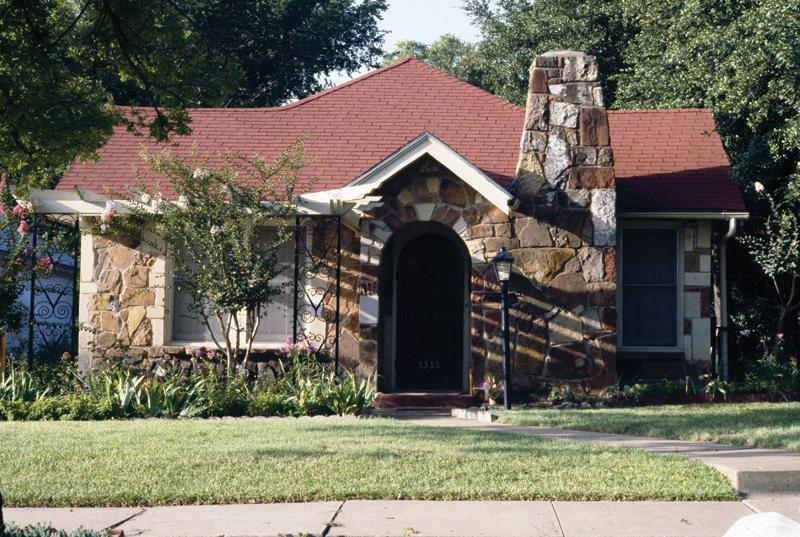 Web-faced sandstone house