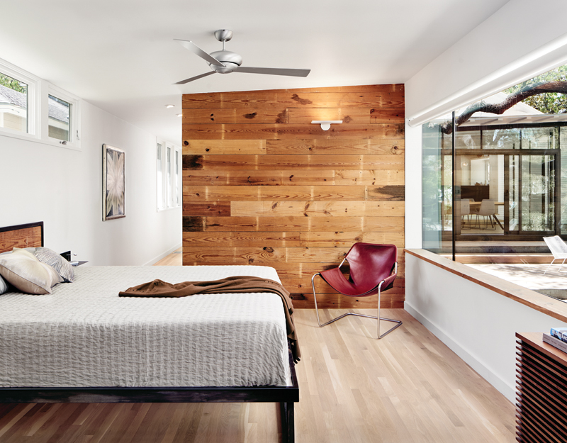 Interior_MasterBedroom_ShiplapSiding