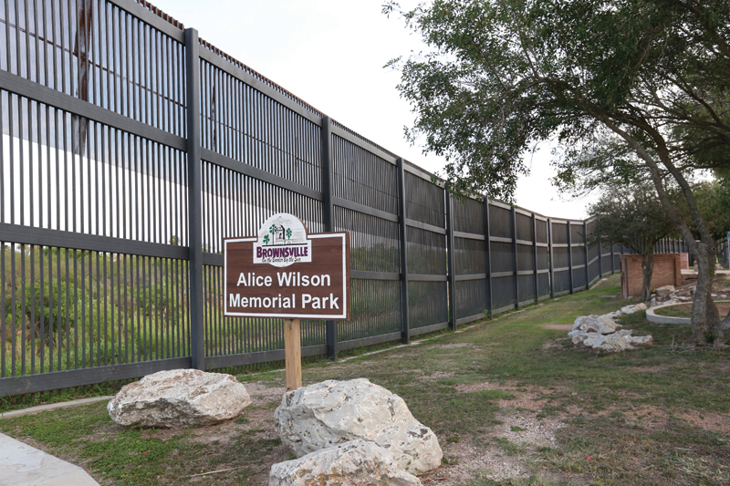 Alice Wilson Hope Park_Border Wall_VGaona