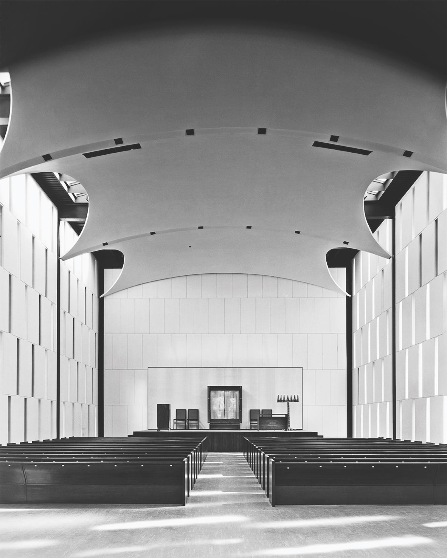 Johnson's atonement Congregations Kneses Tifereth Israel of 1956 (Esto-Ezra Stoller)