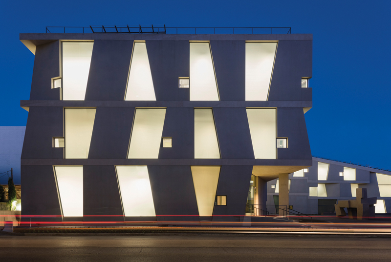 1_Night view of the Glassell School of Art, west elevation; Photograph © Richard Barnes copy