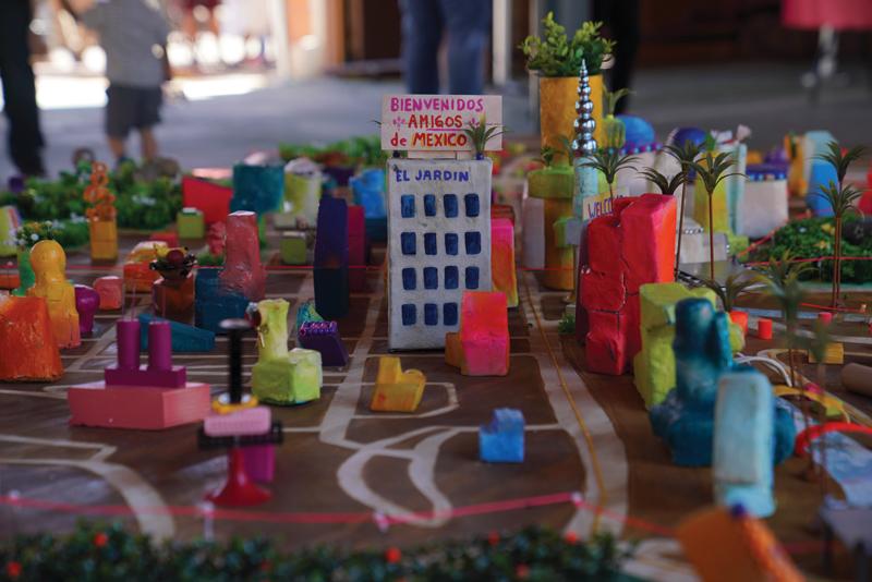 Las Imaginistas' Hacemos La Ciudad
