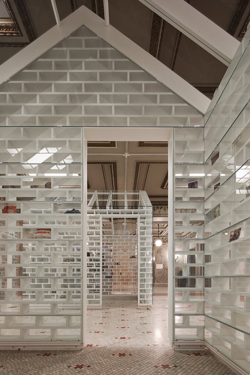10. Chicago Biennial install 10_Kendall McCaugherty