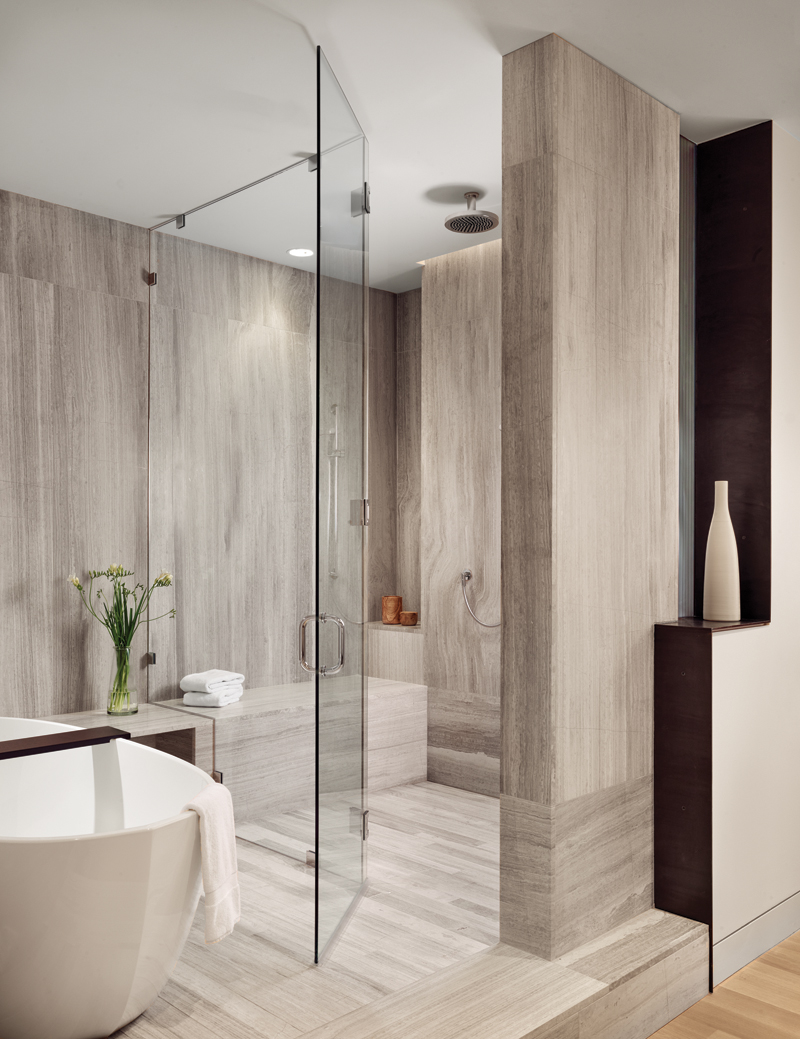 W Residence_master bathroom_2