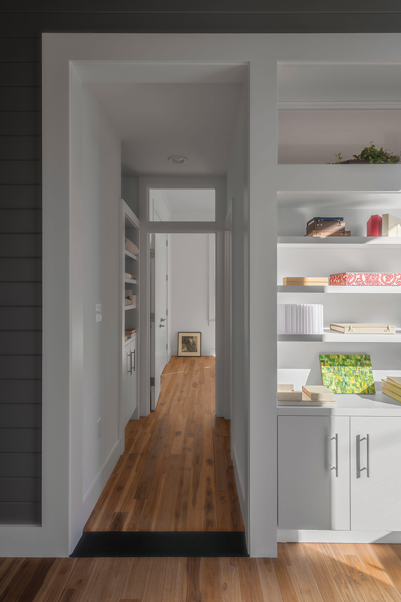 Dogtrot_bedroom_access