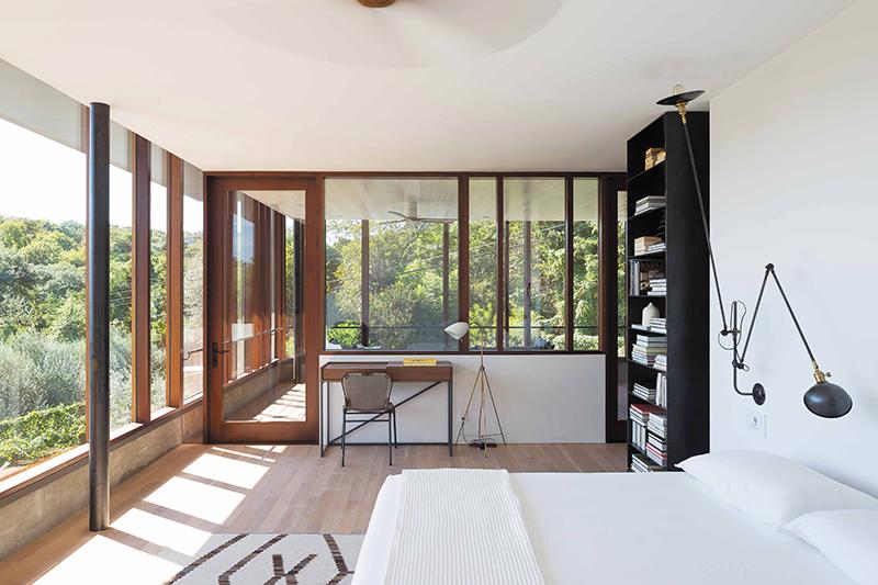 BalconesHouse_Furmansky_master bedroom looking out at hillside