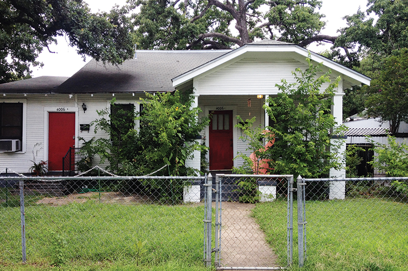 4006 Avenue C - before front