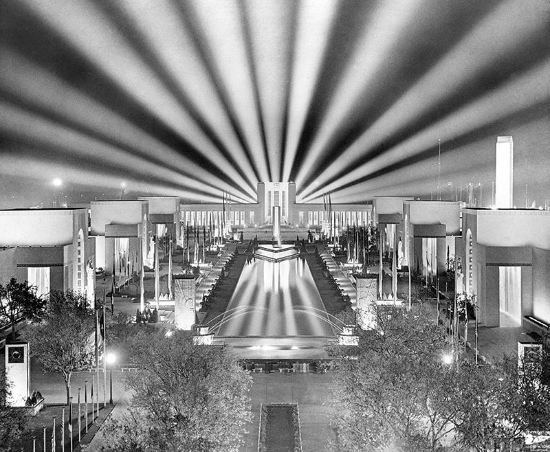 Esplanade at night (SF 1936kc.00429)