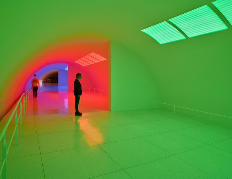 17. Installation view of Carlos Cruz-Diez's Cromosaturación MFAH, Paris 1965 Houston 2017