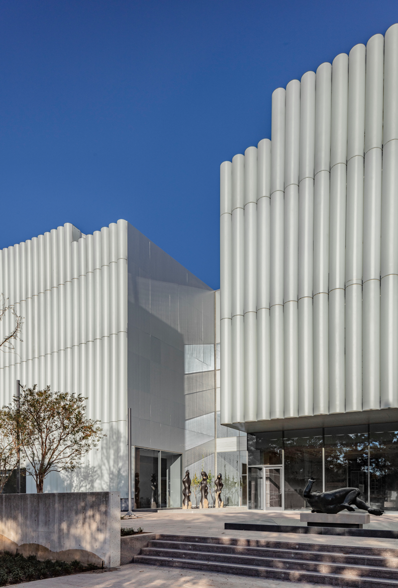 3. The Nancy and Rich Kinder Building at the Museum of Fine Arts, Houston, west facade.