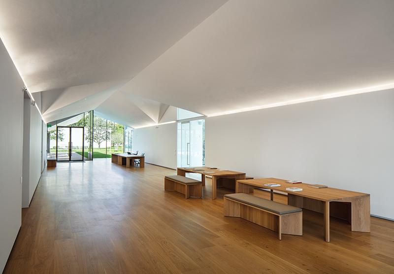 MenilDrawingInstitute_Living_Room